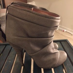 Guillaume Hinfray bunched leather stiletto boots
